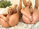 Clara G & Jasmin screenshot #168