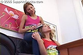 Teenage Threesome screenshot #1