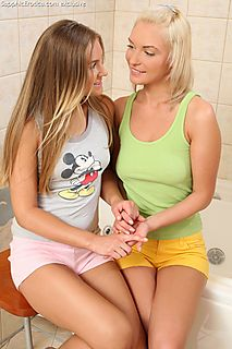 Tasty Teens pic #1