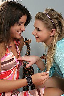 Passionate Duo pic #3