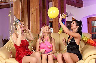 Festive Threesome pic #2