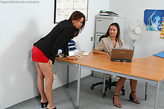 Office Lovers pic #1